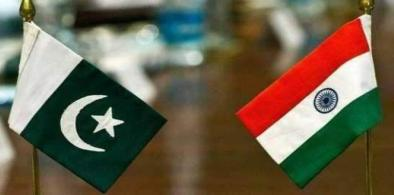 India-Pakistan flags (File)